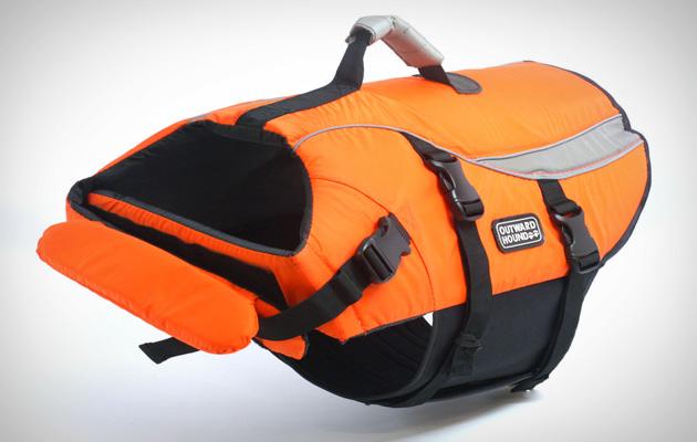 dog-life-jacket-float